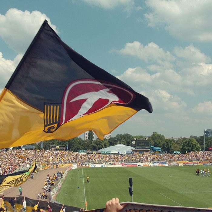 dynamo-duisburg-bundesliga-stadion-dresden-fakten-geschichte