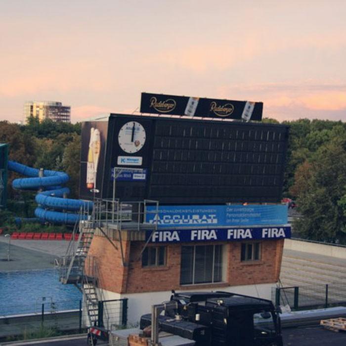 fakten-geschichte-anzeigetafel-stadion-dresden