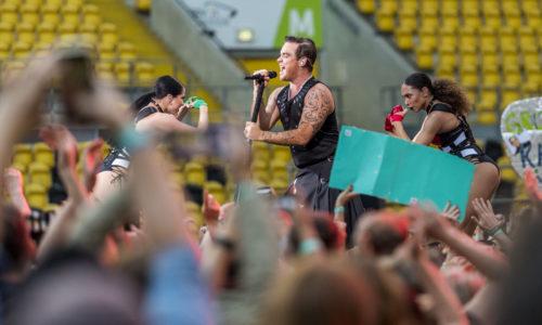 FUER SZ FREI, PAUSCHALE GEZAHLT!!! Konzert Robbie Williams, DDV Stadion, Montag (26.06.2017). Foto: Robert Michael / www.robertmichaelphoto.de